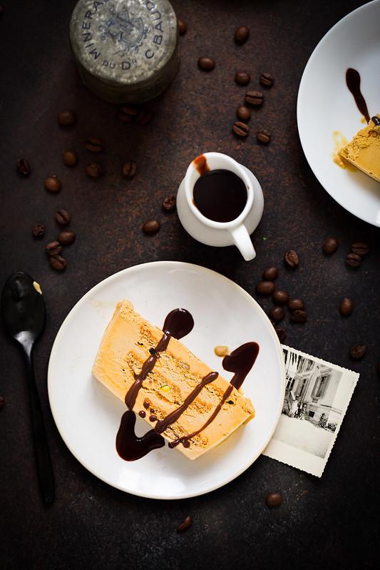 gateau glace café meringue sauce chocolat recette maison