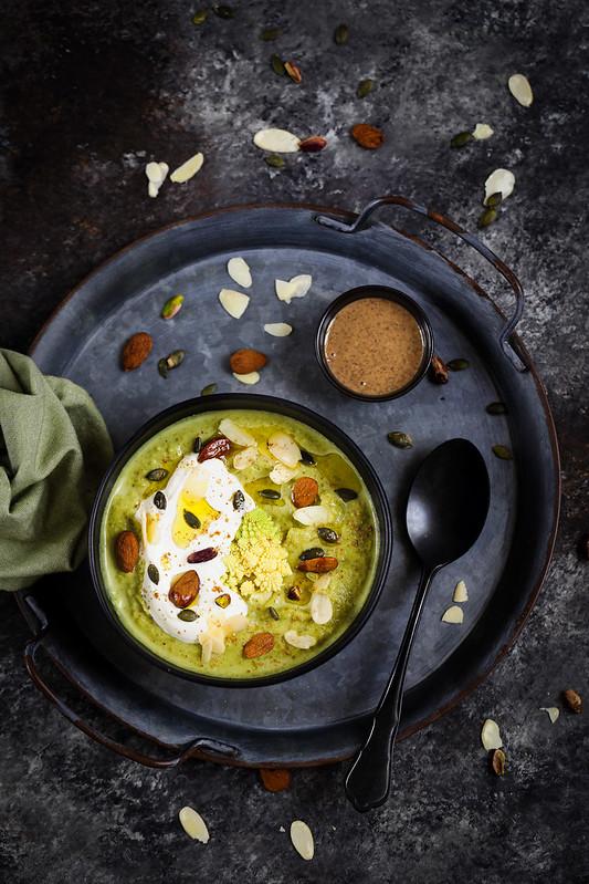 Soupe brocoli puree amandes yaourt recette vegetarienne