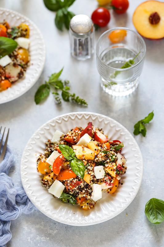 salade quinoa tomate peche mozzarella recette light